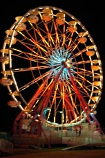 Fairgrounds_ferris_wheel