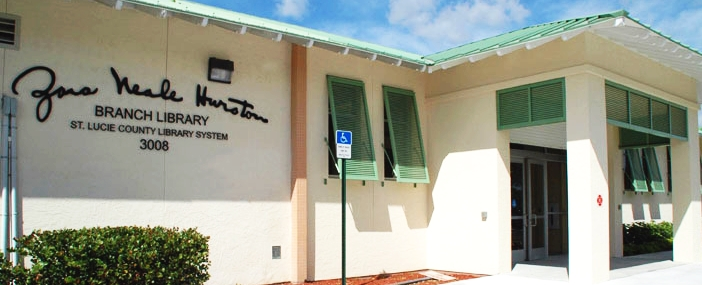 Photo of exterior of Zora Neale Hurston Branch Library